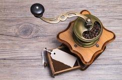 Земли кофе с ярлыком Стоковое фото RF