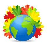 Земля планеты с листьями осени клена Стоковое Фото