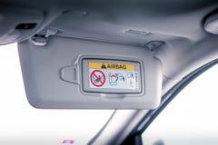 Зеркало тщеты закрытое в автомобиле Стоковое фото RF