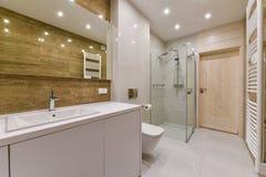 2 зеркала светильника конструкции ванной комнаты ванны 3d люд мозаики голубых творческих пустых нутряных самомоднейших представля Стоковые Фото