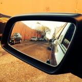 Зеркало заднего вида автомобиля бортовое Стоковое Изображение RF