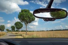 Зеркало заднего вида внутри автомобиля Стоковое Изображение RF
