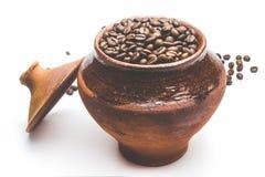 Зерна кофе в декоративном баке Стоковая Фотография RF