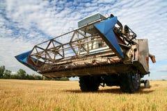 зернокомбайн земледелия стоковые изображения rf