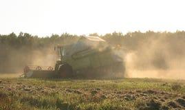зернокомбайн Стоковая Фотография RF