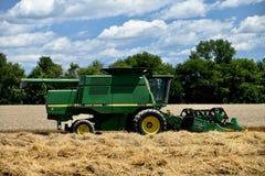 Зернокомбайн John Deere 9600 Стоковая Фотография