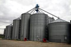 зерно лифтов Стоковые Фотографии RF