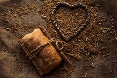 Зерно пшеницы на дерюге Стоковое Изображение
