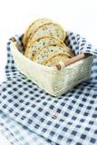 зерно хлеба все Отрежьте в части Стоковая Фотография RF