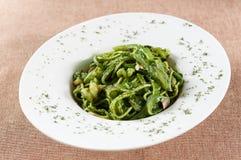 Зеленая лапша креветки соуса стоковые фотографии rf