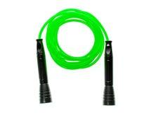 Зеленая веревочка скачки или прыгая веревочка изолированная на белой предпосылке Стоковое фото RF