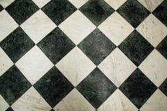 Зеленая и белая checkered мраморная картина пола Стоковая Фотография