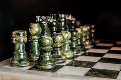Зеленая мраморная шахматная доска Стоковые Изображения