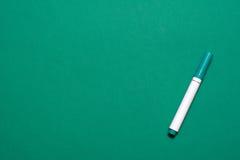 Зеленая отметка на зеленом цвете Стоковое Фото