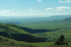зеленая долина Стоковые Фотографии RF