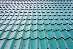 Зеленая предпосылка крыши плиток Стоковые Фото