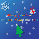 Зеленая рождественская елка была повешена на красочном ярком блеске Бесплатная Иллюстрация