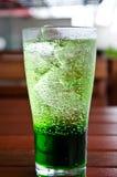 Зеленая смесь сиропа соды. Стоковые Изображения RF