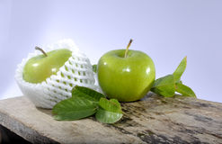 Зеленая студия яблока Стоковые Изображения RF