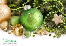Зеленое и золотое рождество орнаментирует границу Стоковое Изображение RF