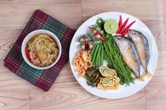 Зеленое погружение chili & x22; Nam Prik Num& x22; служат гарнир Стоковая Фотография RF
