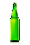 Зеленые бутылки пива на белизне Стоковое Изображение RF