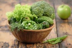 Зеленые ингридиенты для обедающего Стоковые Фотографии RF