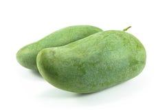 Зеленые мангоы изолированные на белой предпосылке Стоковое Изображение RF