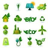 Зеленые установленные значки экологичности иллюстрация штока