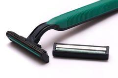 Зеленые устранимые шевер и лезвие безопасности Стоковые Изображения RF
