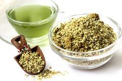 Зеленые чай и песчинки кофе Стоковая Фотография