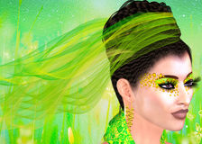 Зеленые шнурок и ленты украшают эту красивую женщину в соответствуя зеленом обмундировании, косметиках и абстрактной предпосылке  Стоковая Фотография