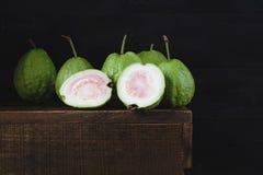 зеленые guavas Стоковая Фотография RF