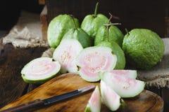 зеленые guavas Стоковая Фотография