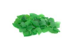 Зеленые seaglass изолированные на белой предпосылке Стоковые Фото