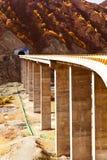 Зеленый автодорожный мост реки Haicha Khan Стоковые Изображения