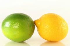 Зеленый и желтый лимон Стоковые Изображения