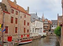 Зеленый канал в Брюгге Стоковое Изображение