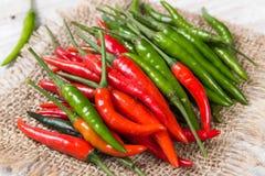 зеленый красный цвет горячего перца Стоковое Изображение