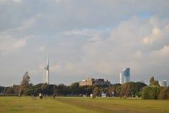 Зеленый парк в Southsea башня спинакера Стоковые Изображения