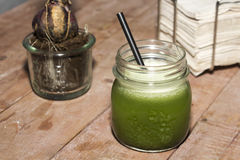 зеленый сок Стоковые Фотографии RF