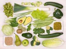 Зеленый фрукт и овощ, взгляд сверху Стоковое фото RF