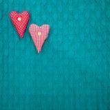Зеленый цвет валентинки Святого текстурировал связанную предпосылку с сердцами Стоковые Изображения RF