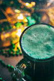 Зеленый цвет: Зеленое пиво на день St. Patrick Стоковые Изображения