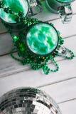 Зеленый цвет: Подготавливайте на время партии дня ` s St. Patrick Стоковые Изображения