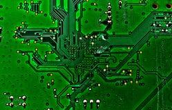 Зеленый цвет платы с печатным монтажом Стоковое Фото
