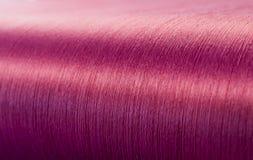 Зеленый шелк на снуя тени текстильной фабрики Стоковые Фото