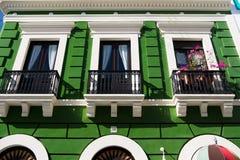 Зеленый экстерьер жилого дома Стоковые Изображения RF