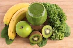 зеленый smoothie Стоковое Изображение RF