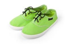 2 зеленых ботинка изолированного на белизне Стоковое фото RF